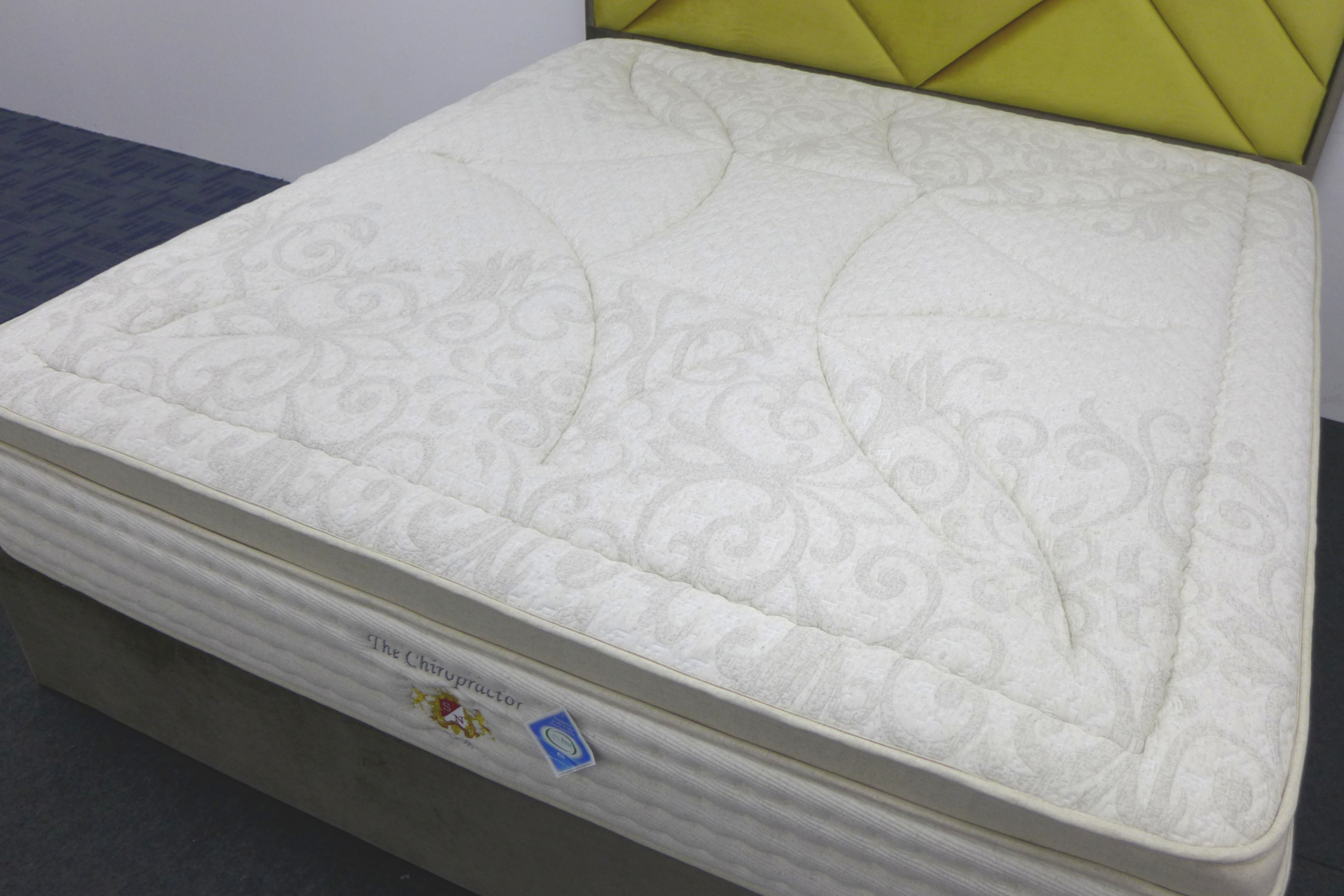The Chiropractor - SLEEPNIGHT Lifestyle Mattress